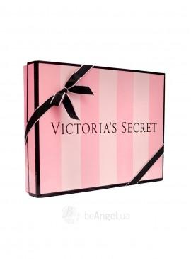 Фото Подарочная упаковка Victoria's Secret