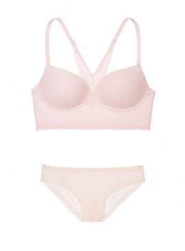 Комплект из серии Lace Easy от Victoria's Secret