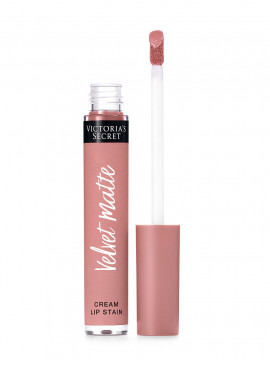 More about NEW! Матовая крем-помада для губ Adored из серии Velvet Matte от Victoria's Secret