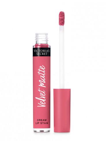 NEW! Матовая крем-помада для губ Tease из серии Velvet Matte от Victoria's Secret