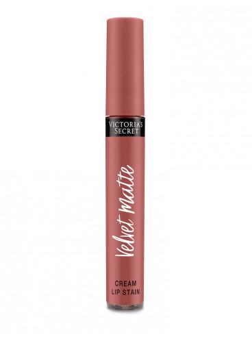 NEW! Матовая крем-помада для губ Perfection из серии Velvet Matte от Victoria's Secret