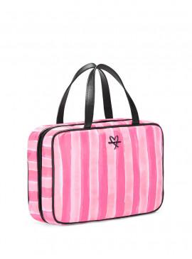 More about Сумочка для путешествий в фирменном дизайне Victoria's Secret