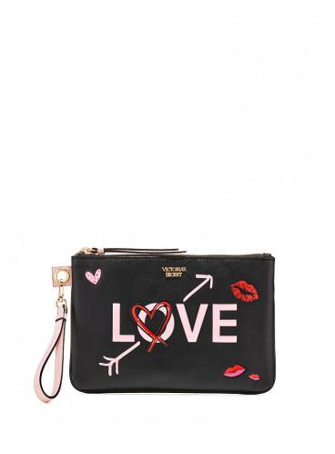 Стильный клатч LOVE от Victoria's Secret