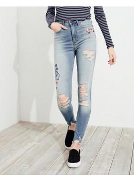 Джинсы Ultra High-Rise Super Skinny с вышивкой Hollister