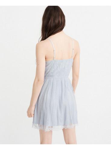 Нежное платье с вышивкой Abercrombie & Fitch