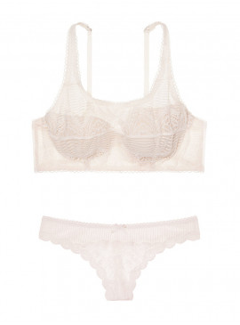 Фото Комплект белья Demi из серии Dream Angels от Victoria's Secret