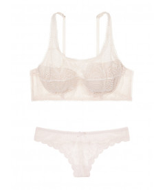 Комплект белья Demi из серии Dream Angels от Victoria's Secret