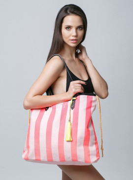 More about Стильная пляжная сумка Victoria's Secret