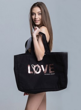 More about Стильная сумка Victoria's Secret
