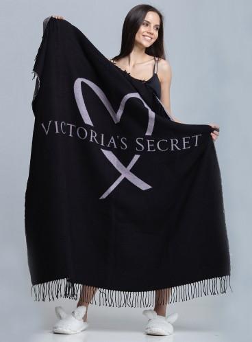 Мягенький плед от Victoria's Secret