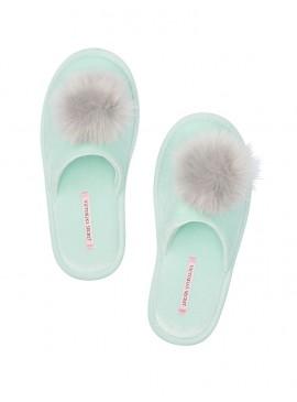 Фото Мягенькие тапочки с меховым помпоном от Victoria's Secret