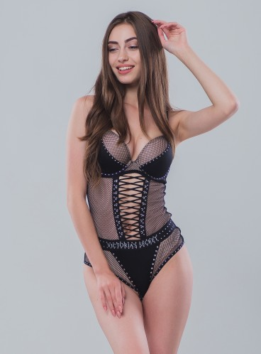 Шикарный пеньюар Fishnet Bodysuit от Victoria's Secret