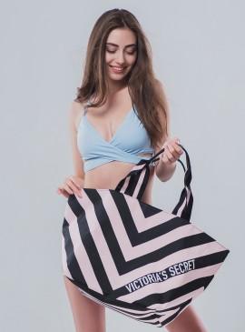 Стильная дорожная сумка Victoria's Secret - Stripe