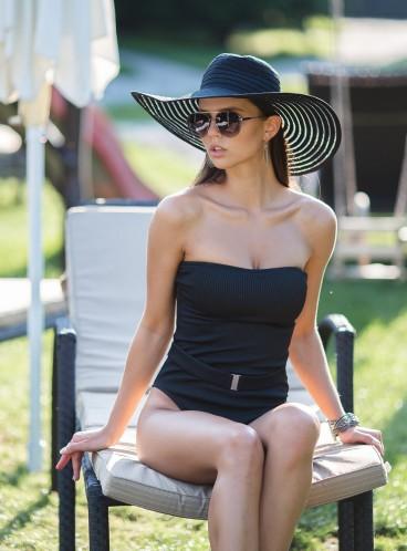 Стильный рифленый купальник-монокини Abercrombie & Fitch - Black