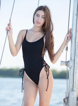 More about Стильный рифленый купальник-монокини Victoria's Secret PINK