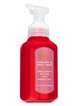 Фото Пенящееся мыло для рук Bath and Body Works - Sunlight and Apple Trees
