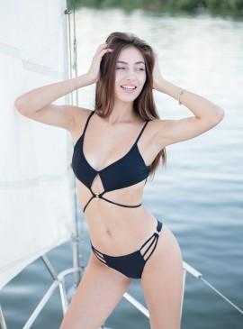More about Стильный купальник Wrapped Keyhole от Victoria's Secret