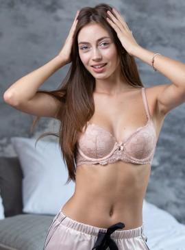 More about Бюстгальтер из серии Body by Victoria от Victoria's Secret