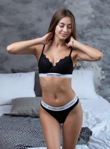 Бюстгальтер Lightly Lined Lace Demi из серии The T-Shirt от Victoria's Secret - Black