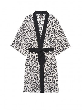 Фото Роскошный халат Handkerchief Kimono от Victoria's Secret - Coconut White Leopard