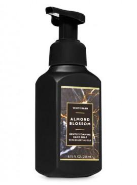 Фото Пенящееся мыло для рук Bath and Body Works - Almond Blossom