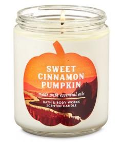 Свеча Sweet Cinnamon Pumpkin от Bath and Body Works