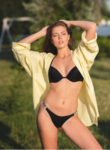 NEW! Стильный купальник Shine Strap Malibu Fabulous Thong от Victoria's Secret - Nero